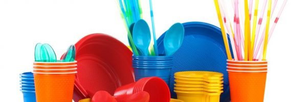 EWG'S HEALTHY HOME TIPS: TIP 3 - PICK PLASTICS CAREFULLY