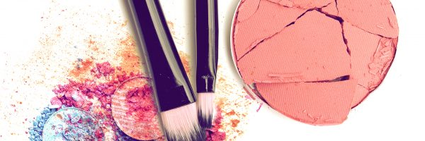 Women Who Wear Makeup Absorb 5 Pounds of Toxic Chemicals Per Year
